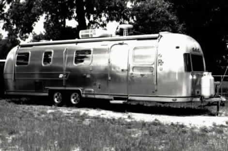 1975 Airstream, shiny picture